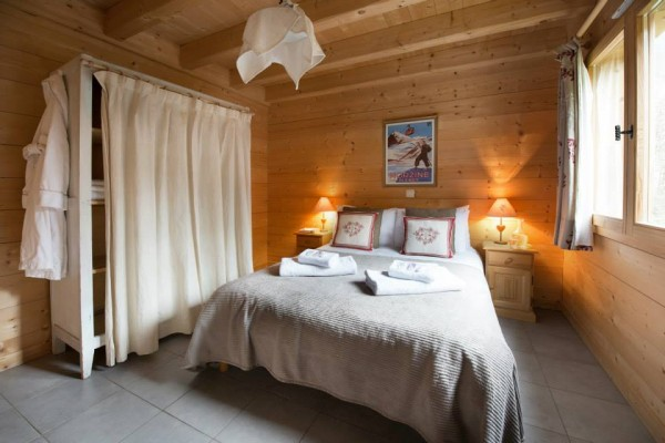 Bed 1 fb