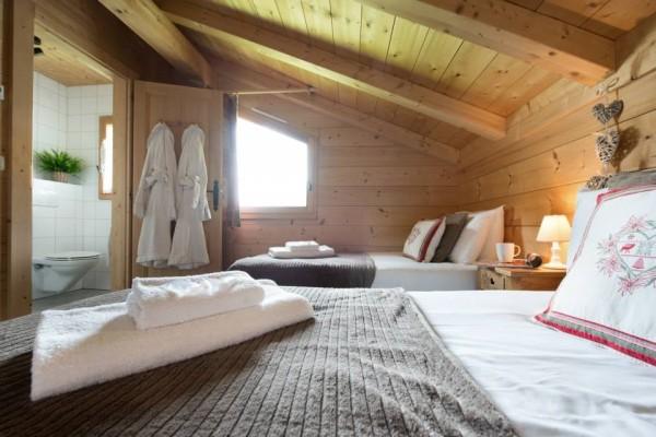 Bed 2 fb